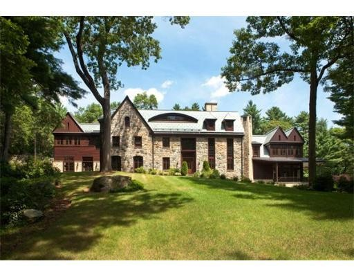 Luxury homes faring well in the Boston suburbs